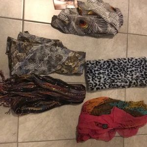 Accessories - Lot of 5 scarves for women! One still with tags!